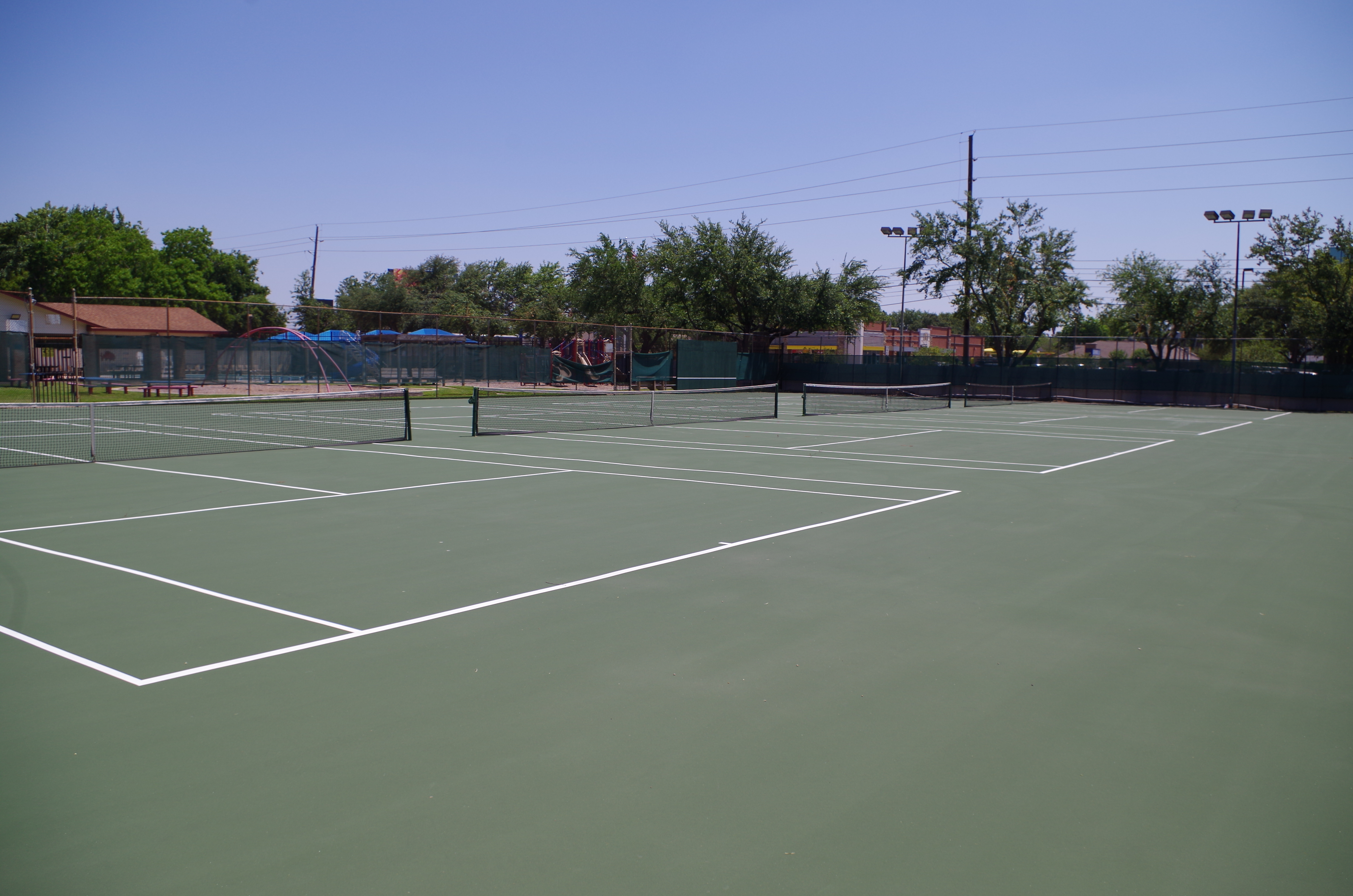Cairnway Tennis courts
